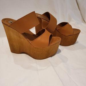 Steve madden tan Platform shoes